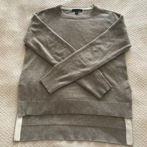 100% cashmere soft beige round neck sweater